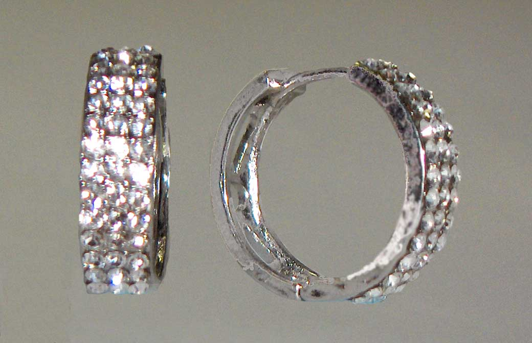 Triple crystal medium hoops