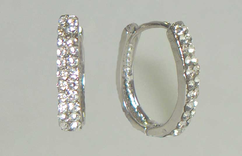 Double crystal row horseshoe hoops